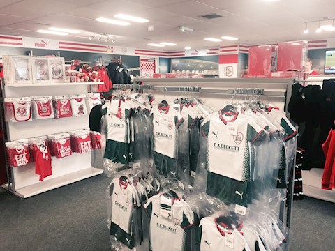 Reds Superstore