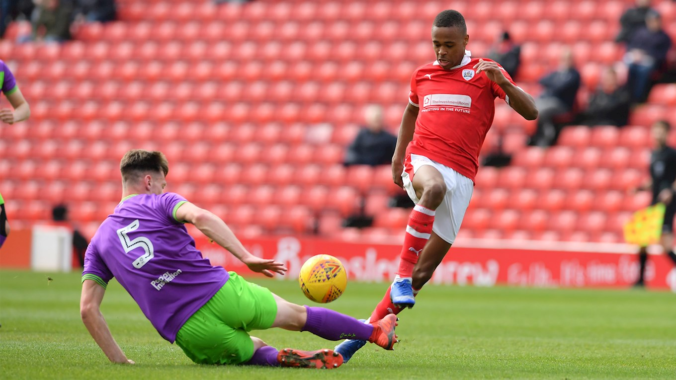 Elliot Simoes in action against Bristol City at Oakwell