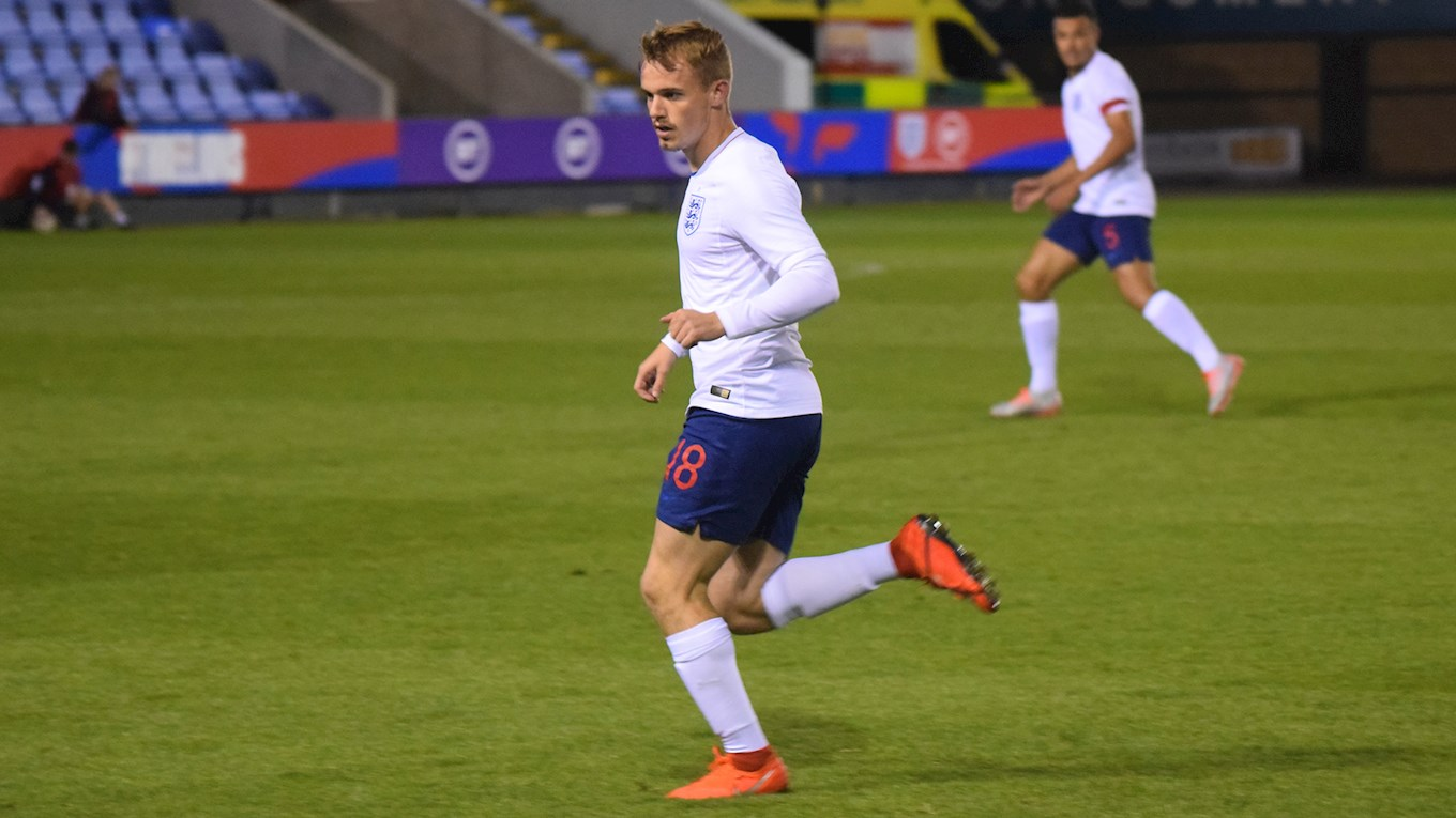 Luke Thomas in action for England U20s vs the Netherlands
